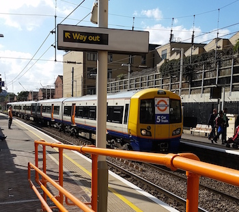 London Overground train at Finchley Road and Frognal